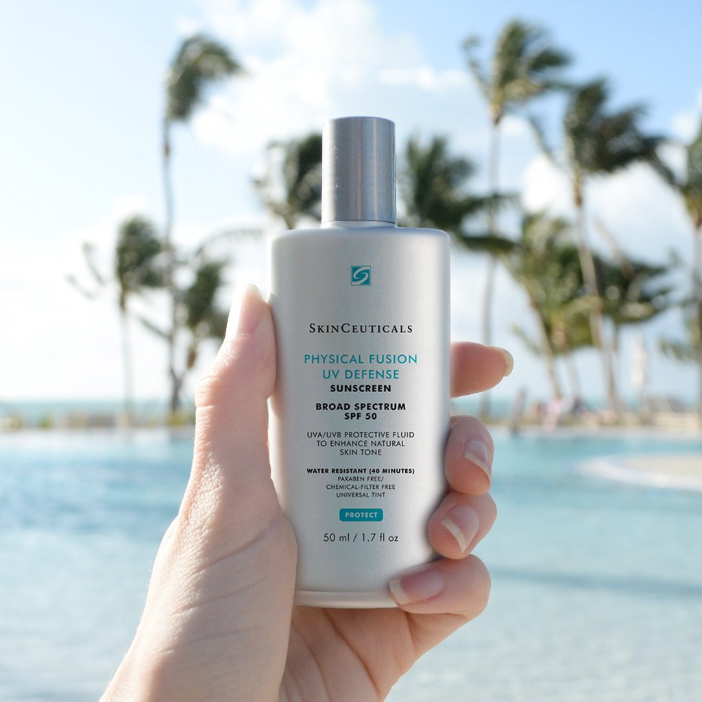 Our favorite sunscreen. Does not clog pores, helps to reverse ageing and protects the skin from UV rays.